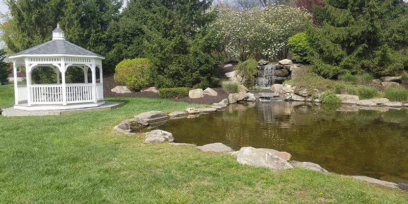 Lush-Lawn-Gazebo-with-Pond